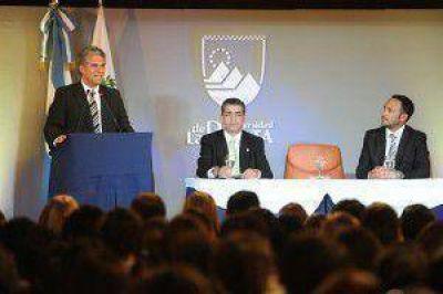 El Gobernador dio la bienvenida a los ingresantes de la ULP
