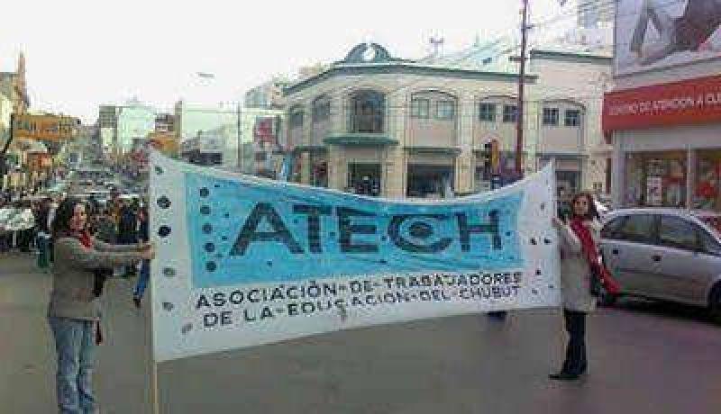 La ATECh advierte que peligra el inicio de las clases en toda la provincia