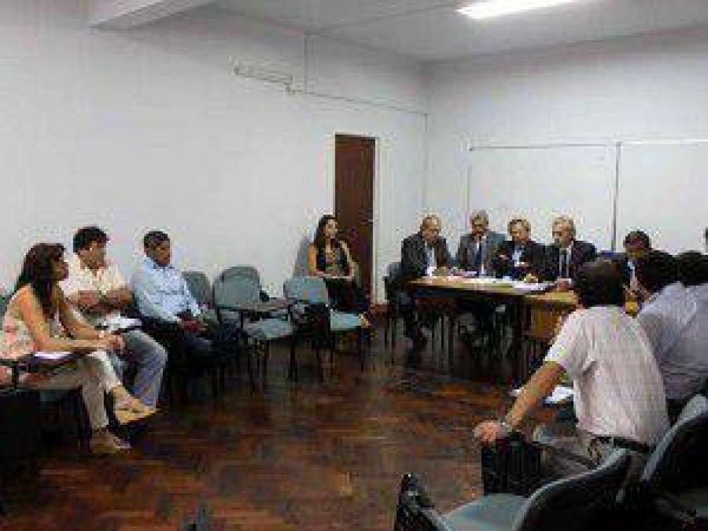 """Para el gobierno fue """"fructífera"""" la primera reunión con los gremios docentes de Jujuy"""