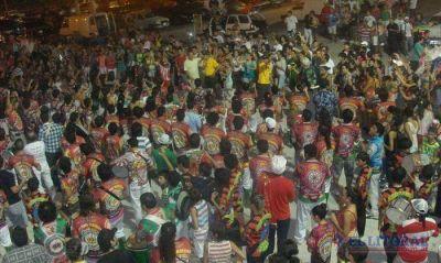 Momo cierra su fiesta con un show de megabaterías