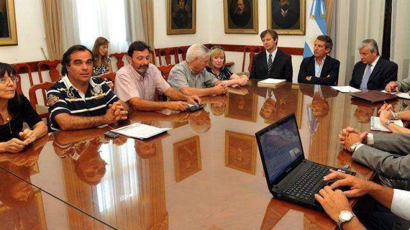 Paritarias: gremios entrerrianos esperan una convocatoria urgente del gobierno