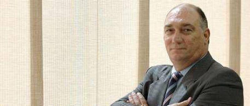 """Eduardo Mondino, ex defensor del Pueblo: """"Kirchner cree que en una República sólo se dan órdenes"""""""