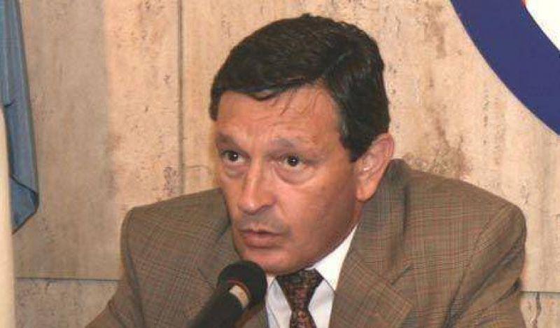El sucesor de Mondino retomó el reclamo anti-tarifazo