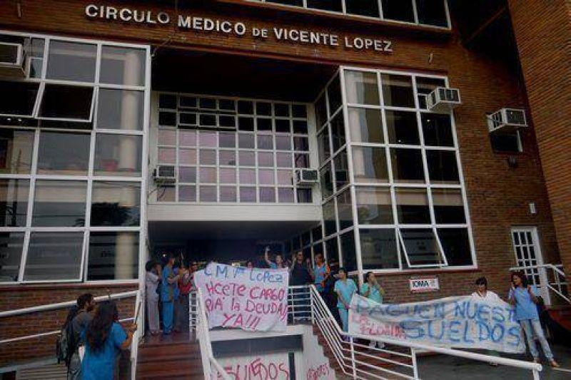 Movilización de los trabajadores de La Florida frente al Circulo Médico de Vicente López