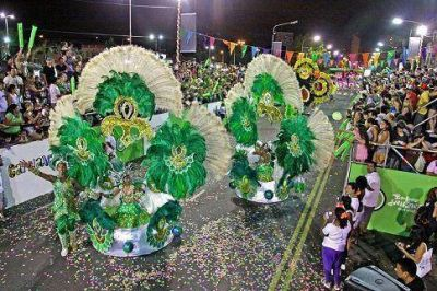 Avellaneda bailó al ritmo del carnaval