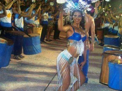 Iguazú: Más de 6 mil personas disfrutaron en la primera noche de Carnaval