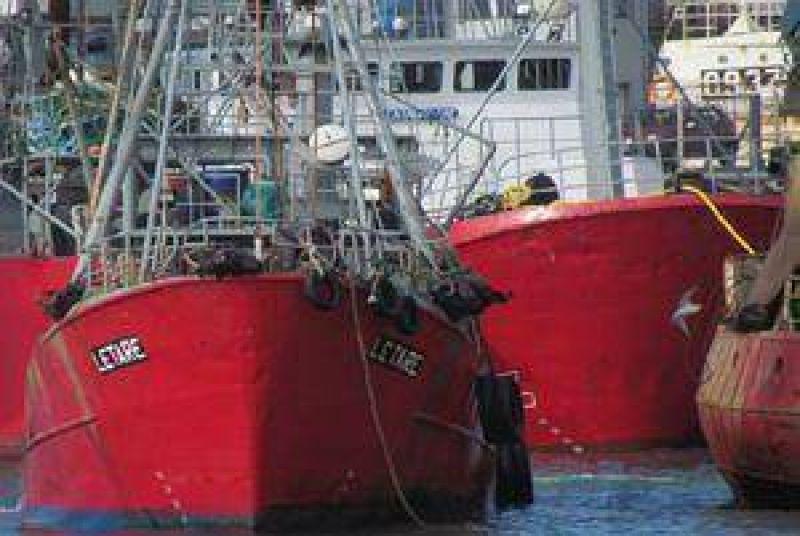 Algunos gremios pesqueros denuncian un paro patronal
