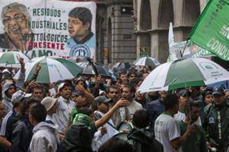 """Moyano desafía al Gobierno: """"Si quieren meterme preso, que me metan"""""""