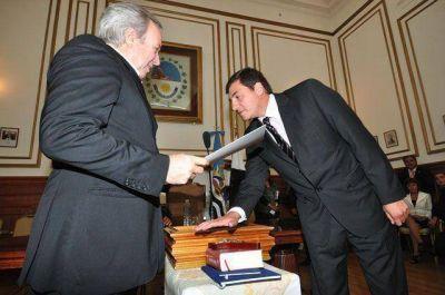 Peralta tomó juramento a su nuevo Gabinete