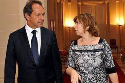 """Réplica del gobierno de Scioli a Lorenzino: """"No está mal endeudarse"""""""