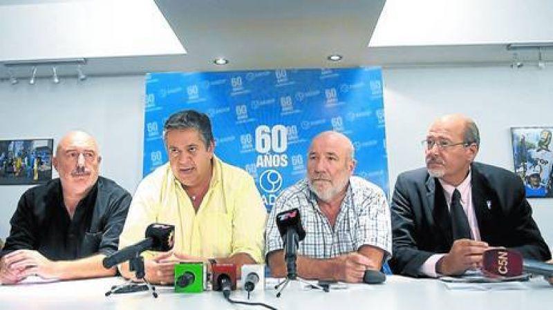 Conflicto por la paritaria: Los maestros anunciaron un paro nacional para el lunes