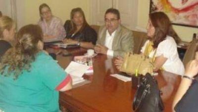 Negociación salarial: Jalil se reunió con docentes municipales