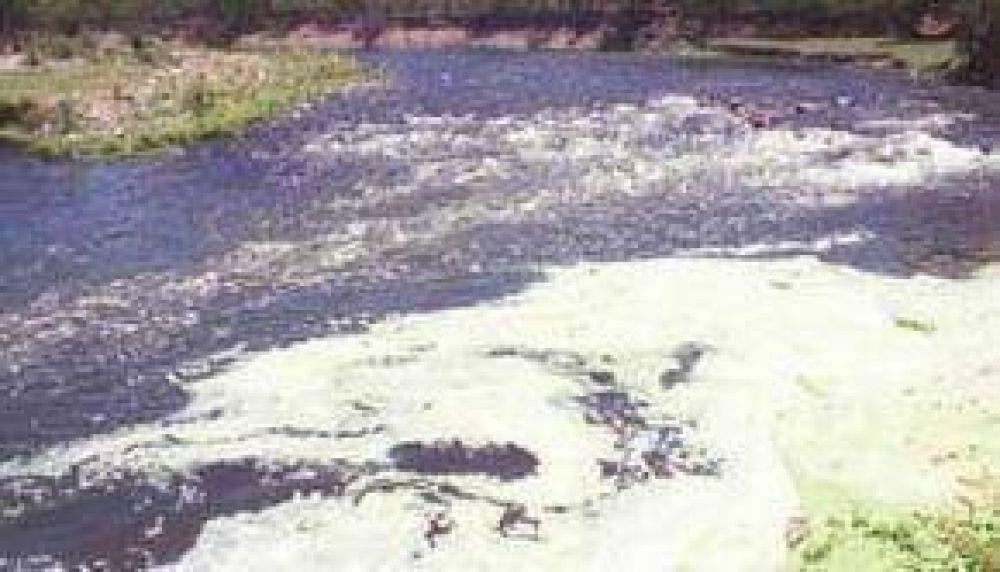 Piden al Defensor del Pueblo que detenga la degradación del río Arenales