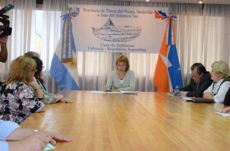 Ríos recibió a centros de Jubilados y directores del IPAUSS