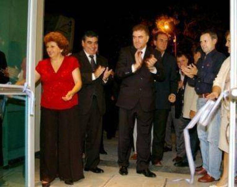 Amaya inauguró el nuevo edificio de Ingresos Municipales