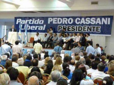 """Masivo apoyo celeste a """"Perucho"""""""