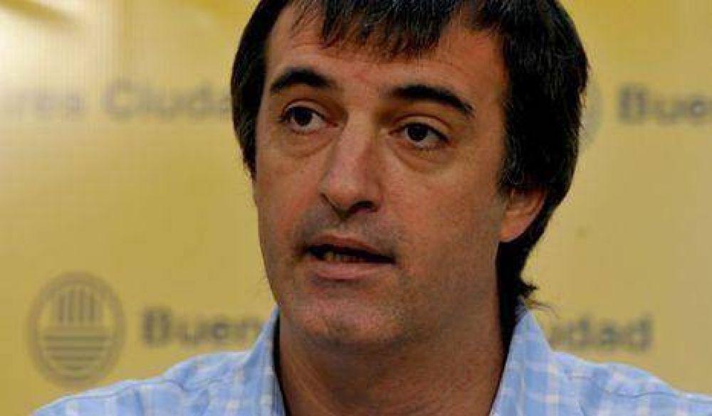 Ciudad ofreció una suba del 26% a docentes