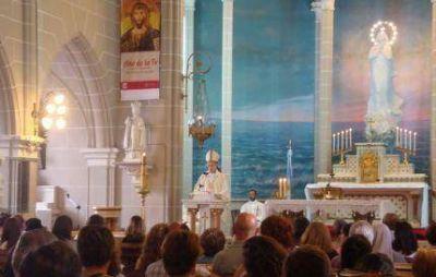 El Obispo inici� el a�o con todos los docentes cat�licos