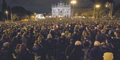 Los italianos van a las urnas con un futuro ensombrecido por la crisis