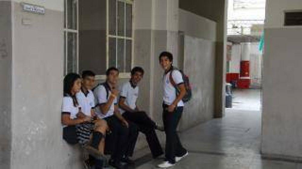 Sindicatos docentes insistieron en la necesidad de una recomposición salarial