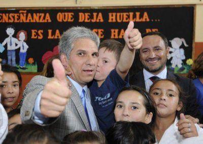 """Inauguraron obras en las escuelas """"Saturnino González Camarero"""" y """"Otto Krause"""""""