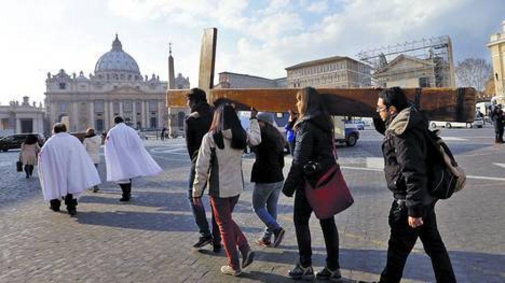 """Benedicto XVI será el """"Papa emérito"""" y vestirá una sotana blanca"""