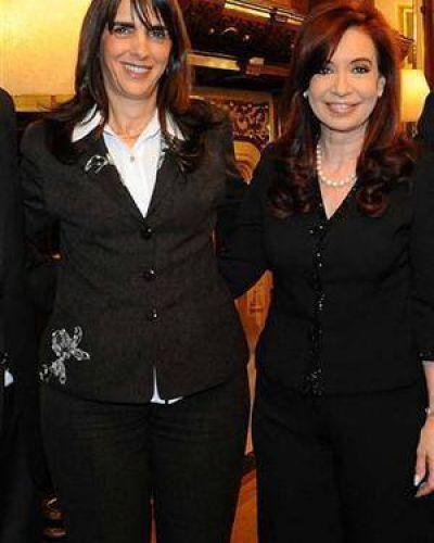 María E. Bielsa renunció y reavivó la interna del PJ