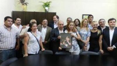"Mera y Jalil inauguraron sala ""Carlos Matura Nieva"""