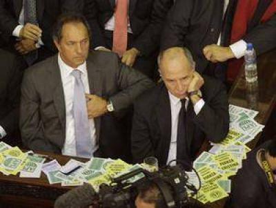 La oposición desconfía de las reformas y critica las omisiones del discurso