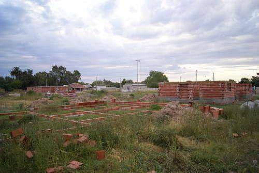 Desde el bloque de la UCR quieren saber la situación de las cooperativas que construyen el barrio San Martín de Porres