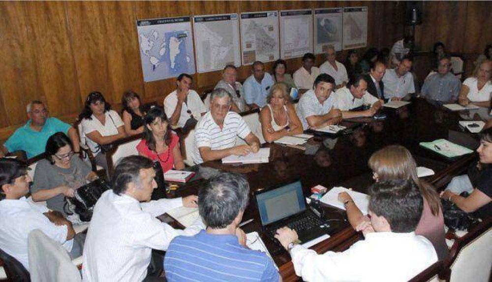 Salarios docentes: el gobierno y sindicatos discuten la propuesta salarial y volverán a reunirse el martes