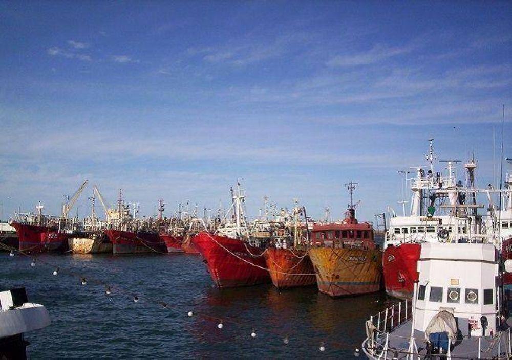Gremios y empresarios en alerta por la paralización de casi el 80% de la flota