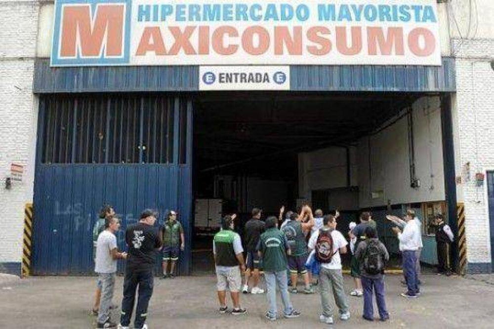 Solicitan indagatoria a Camioneros por los bloqueos a Maxiconsumo