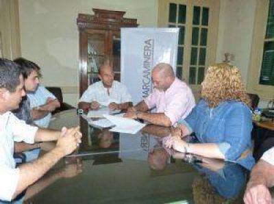 La Secretaría de Minería firmó convenio de colaboración con la UNCa