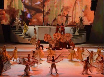 """El espectáculo """"Teatro mágico de piedra y vino"""" cautivó al público con una narración sencilla"""