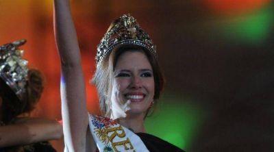 Candela arras� y es la Reina de la Vendimia 2013