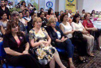 Secretaria de la Mujer reconocio a mujeres destacadas y este lunes inauguran escultura