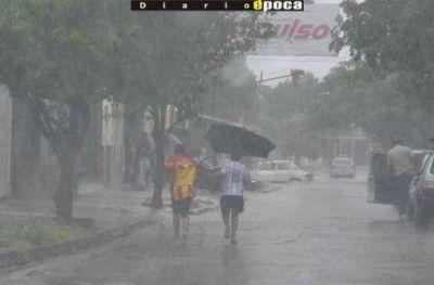 La prolongación de la lluvia provocó algunos inconvenientes en Capital