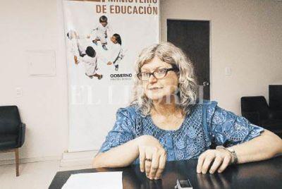 Balagu�: �Preocupan las tasas de deserci�n del secundario�