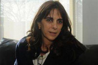 """María Eugenia Bielsa: """"Voy a trabajar para ofrecerles a los santafesinos una alternativa en 2015"""""""
