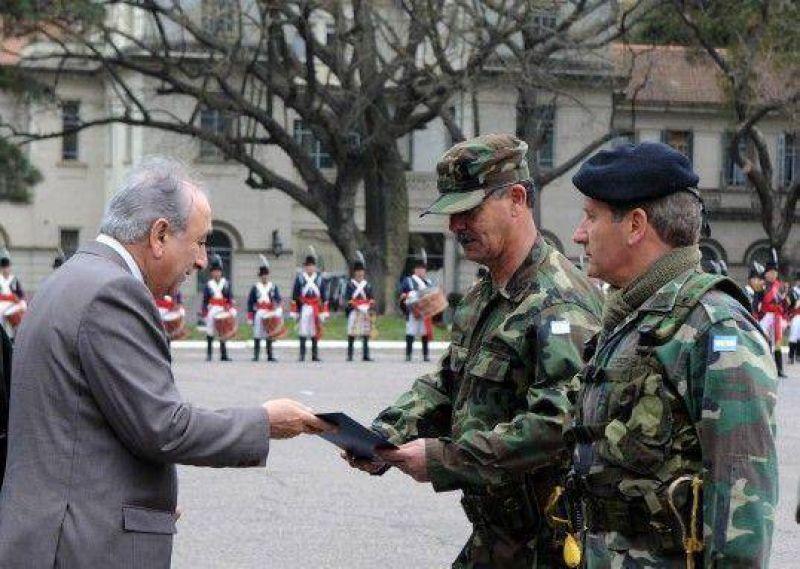 """""""A partir de marzo habrá una recomposición del salario militar"""""""