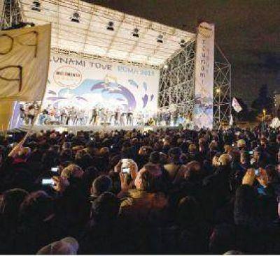 Beppe Grillo se niega a hacer acuerdos y prepara sus tropas en secreto