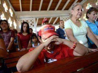 """""""Existen pocas posibilidades de que Chávez recupere la conciencia"""""""