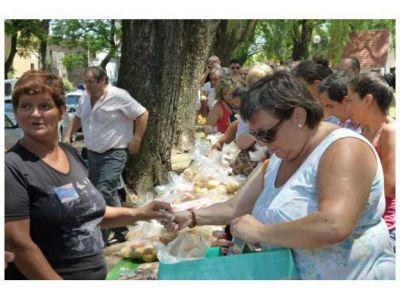 El camión de Fruta para Todos estará en Paraná hoy y mañana