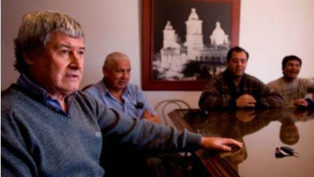 """Convocan a una marcha en contra de """"Alo"""" Barros"""