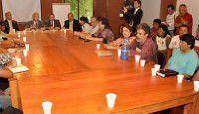Pauta salarial: gobierno y gremios iniciaron conversaciones