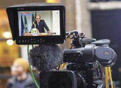 Apoyo partidario para Bersani