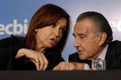 """Eurnekian asegura que el Gobierno """"podría manejar mejor"""" Aerolíneas Argentinas"""