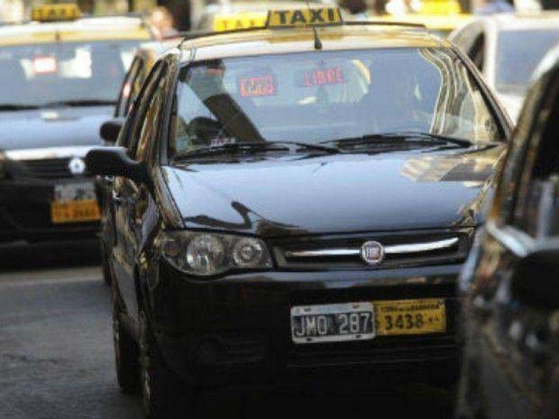 Los taxistas decretaron un paro por 24 horas tras la muerte de un colega que fue baleado en un asalto