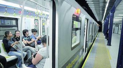 Nuevos vagones del subte A: Un tren parado y problemas con la frecuencia, en el debut